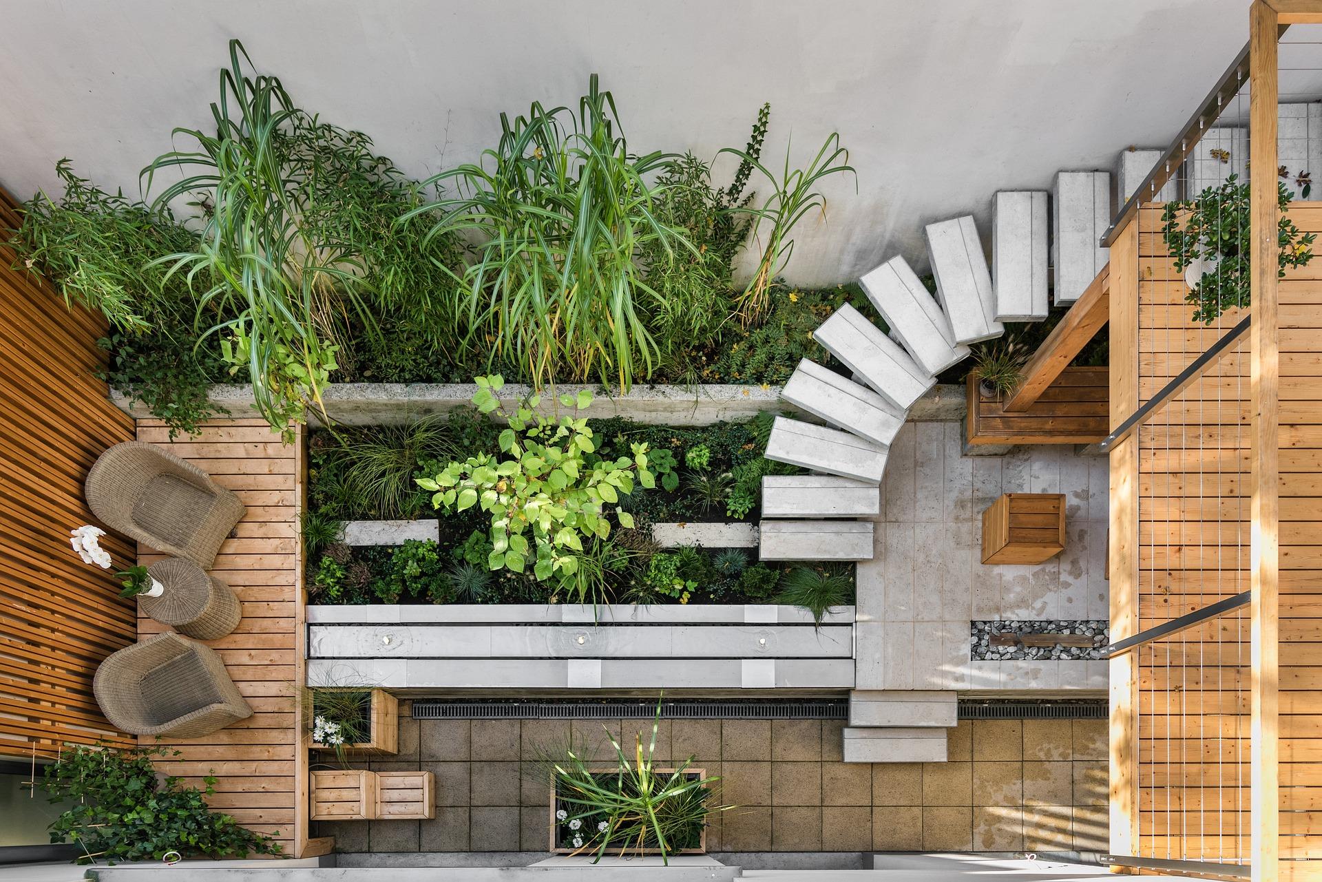 Mały ogródek miejski sposobem na kontakt z naturą